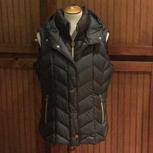 Michael Kors Puffer Vest w/hood Size L
